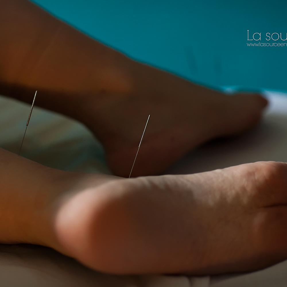 L'acupuncture, une solution aux problèmes de l'allaitement (La source en soi)